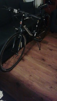 Wonderful Christmas gift original Schwinn Road Bike Folare 1200 330$