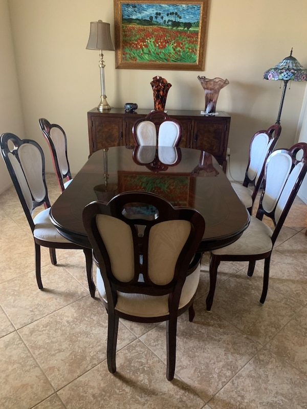 Made In Italy Dining Room Set Two Arm Chairs Four Side And A Leaf
