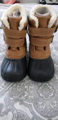 New toddler boots Toronto, M6L