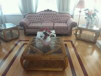 Elegant living room set Coquitlam, V3B 0C6
