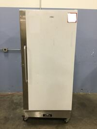 Arctic King Electrolux Commercial Upright Freezer 17.1 cu ft