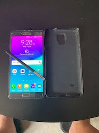 Samsong note 4 excellent condition Windsor, N9H 2M9
