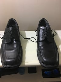 pair of black leather dress shoes Frederick, 21701
