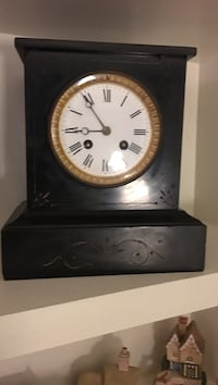 Antique black and white marble clock. Works and I have the key. Monrovia, 21770