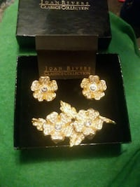Joan Rivers Classics Collection brooch and earring 1773 mi
