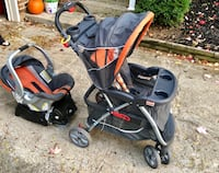 Baby Trend Stroller with car seat and travel system 927 mi