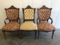 A set of 3 Antique Victorian style cushioned chairs. All 3 in great condition Vacaville, 95687