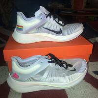 Nike zoom fly be true pride 2018 9.5 multi color Germantown, 20874