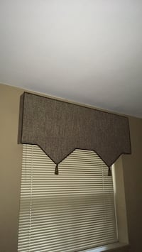 "Custom made window valance brown tweed 52""wide 24""high excellent condition Oakville, L6K 1Y8"