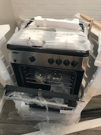 Unique stainless steel and black five burner gas stove Tucson, 85711