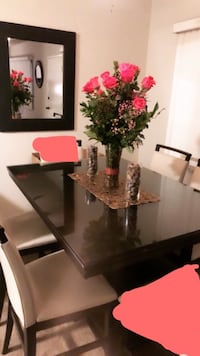 Wood table plus glass COMES with 4 CHAIRS. Some stratches Los Angeles, 91423