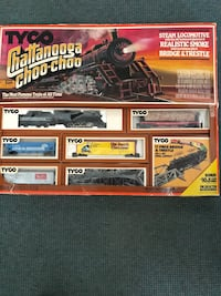 HO scale train set and assorted accessories Omaha, 68132