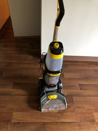black and yellow upright vacuum cleaner Saint Louis, 63138