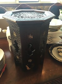 Antique mother of pearl coffee tea side accent table Toronto, M2R 3N1