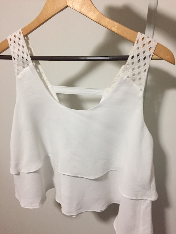 a0438e5a6d4621 Used Anthropologie white crop top for sale in Berkeley - letgo