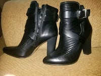 pair of black leather chunky heeled booties Clifton, 07011