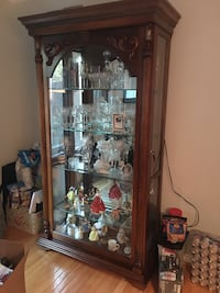 China cabinet Newmarket, L3X 1V4