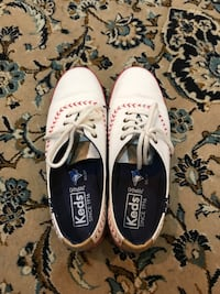 Keds womens champion pennant sneakers - size 5 Burnaby, V5K