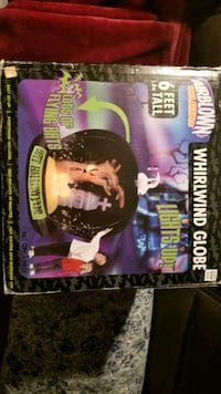 6 foot Holloween Globe with lights Springfield, 62703