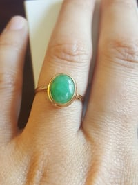 14 kt gold jade ring. So beautiful & good condition Pickering, L1V 4X1