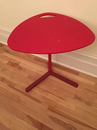 round red wooden pedestal table 720 km