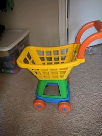 toddler's yellow and blue plastic shopping cart toy Herndon, 20171