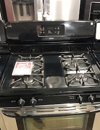 Gas Stove Used Stainless Frigidaire   Farmingdale