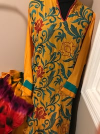 women's multicolored floral sleeveless dress Mississauga, L4X