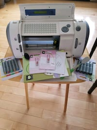 Complete cricut machine with replacement sets Ottawa, K4A 5E6