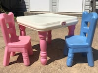 Little tykes table and chairs. Baltimore, 21222
