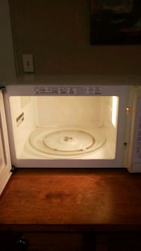 white and gray microwave oven Fayetteville, 28306
