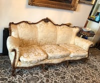 Antique sofa needs some touch ups Toronto, M2R 3N1
