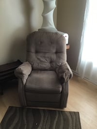 gray fabric recliner sofa chair