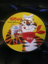 Kellogg's Frosted Flakes dish 10x10   Gaithersburg, 20886