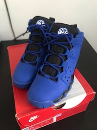 Size 7 Air Max Barkley  916 mi
