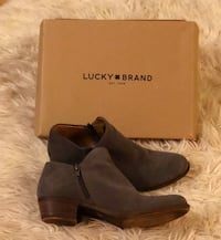 Lucky brand Womens Booties 8m Fairfax, 22030