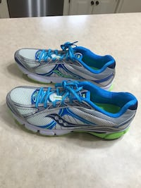 Pair of SAUCONY IGNITION 4 Athletic Shoe - size 12 (never worn) Lee's Summit, 64081
