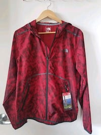 The North Face Zephyr Wind Trainer-Mens M, NWT