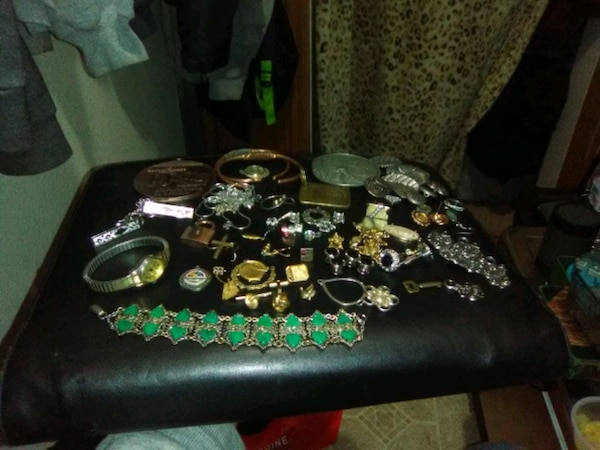 Jewelry and stuff and things  717717eb-4250-46d3-83b1-e853ad5335d2