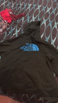 Green and blue north face hoodie Wasilla, 99654