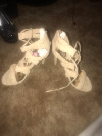 HEELS never worn Redding, 96001
