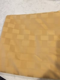 """Table cloth, 54"""" round"""