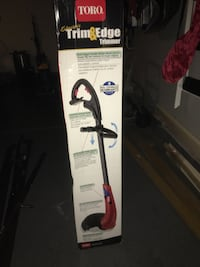 white and black Bissell upright vacuum cleaner box Grayslake, 60030