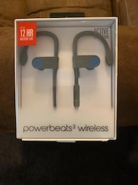 Powerbeats3 wireless. Active collection