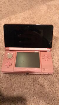 Pink nintendo ds with case Burtonsville, 20866