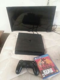 black Sony PS4 console with controller and game ca Sprague River, 97639