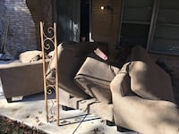 Large sectional couch Arlington, 76012