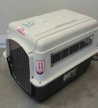 white and black pet carrier Masaryktown, 34604