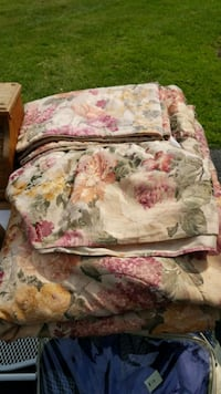 white, pink, and green floral bed comforter 20 km