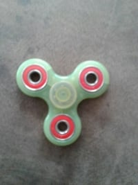 Glow in the dark fidget spinner  Los Angeles, 90732